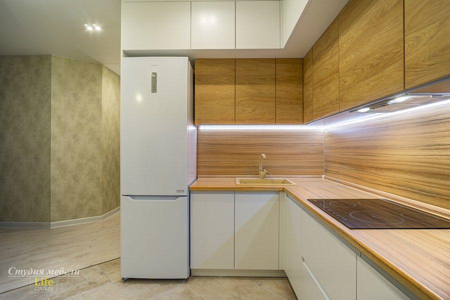 Белый кухонный гарнитур-Кухня МДФ в эмали «Модель 556»-фото3