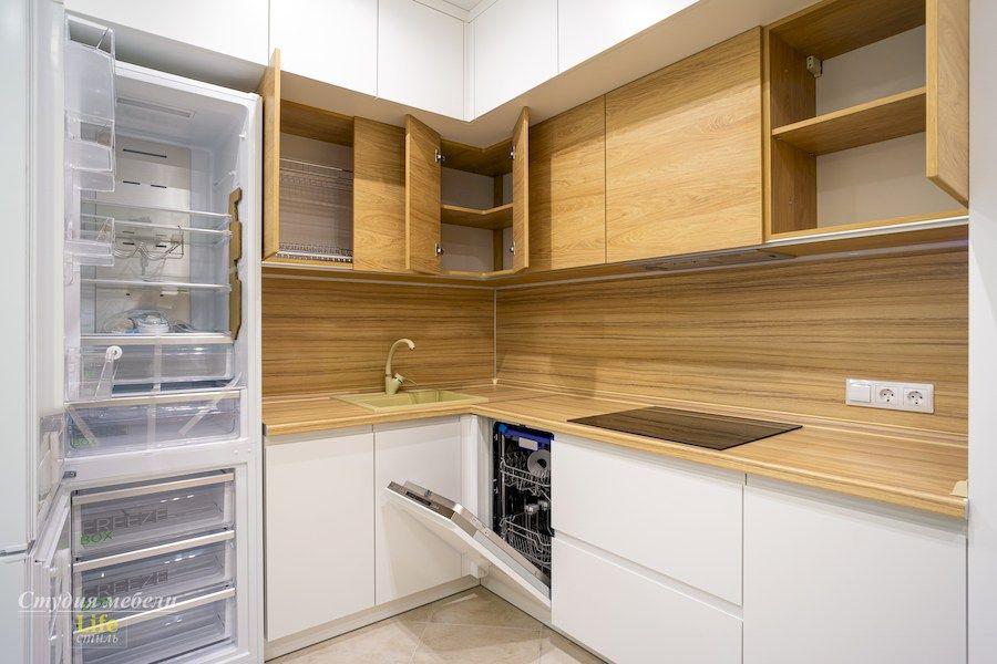 Белый кухонный гарнитур-Кухня МДФ в эмали «Модель 556»-фото6